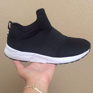 71ccf9526dd steve madden hueber shoes